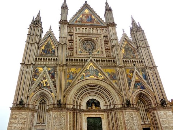 Day trip to Assisi and Orvieto
