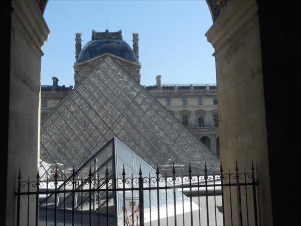 Private Tour of The Louvre or Orsay, or any other Museums in Paris, with a knowledgeable local guide