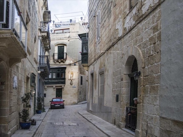 Birgu, renamed Vittoriosa by the Knights of Malta - Walking Tour