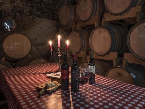 Hvar Wine Tasting Tour - 2 wineries ;)