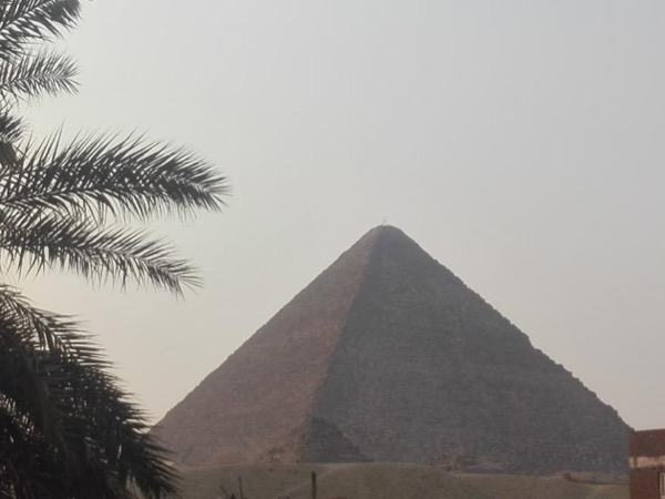 A General Airport Layover Tour of Cairo