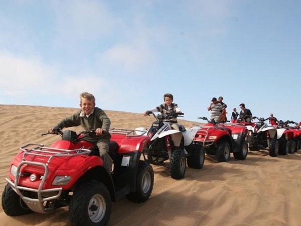 Quad bike safari in Luxor.
