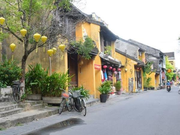 HoiAn ancient town with Private transport