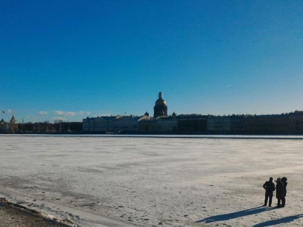 Winter visit to Saint Petersburg. Low season offer !