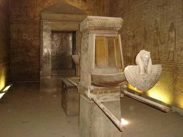 Edfu & Kom Ombo - Private Day Tour from Luxor OR Aswan