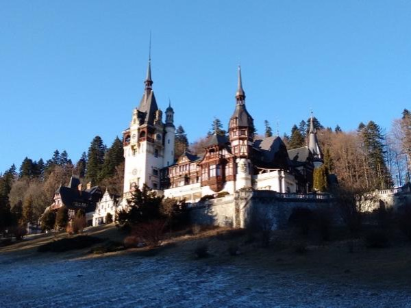 Transylvania Private Tour Including Stops at Sinaia, Bran and Brasov