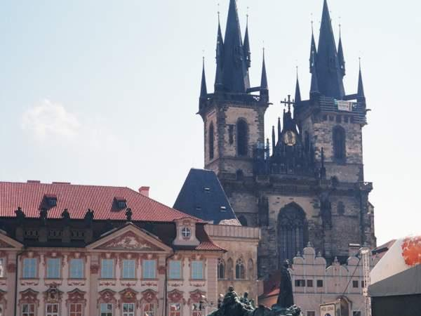 Ten centuries of architecture in Prague - Private tour