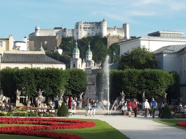 Your Salzburg City Tour (fortress & more)