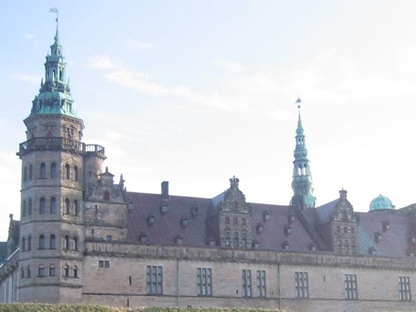 Two magnificent renaissance castles north of Copenhagen - Private tour