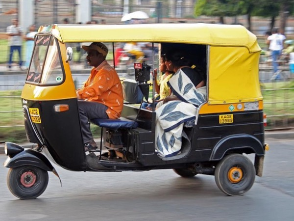 Tuk tuk Tour of Jaipur-Real Ride & Real Life and Move around Pinkcity Differently