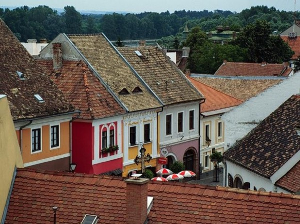 Half day tour to Szentendre
