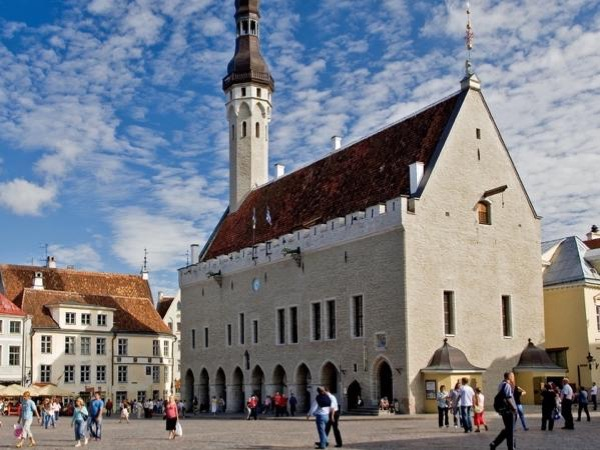 Private Tallinn Old Town Walking Tour for up to 10 people