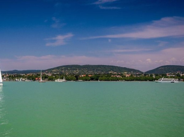 Full Day Private Lake Balaton and Herend Tour