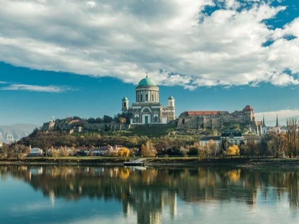 Private Full Day Danube Bend Tour