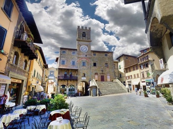 Private tour from Florence to Cortona and Montepulciano