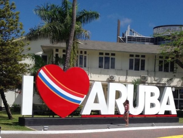 New Aruba half day private tour 6-7 persons