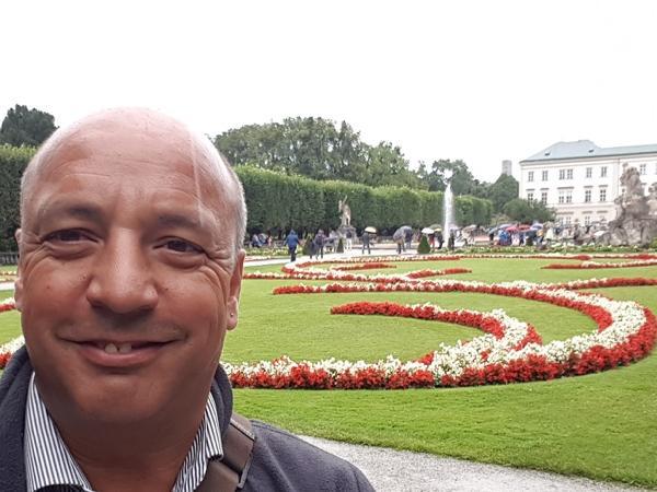 Salzburgo para Brasileiros Guia credenciado com Van para 8