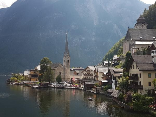 Salzburg Hallstatt Transfer with sightseeing