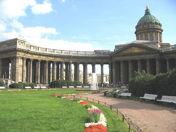St Petersburg Shore Excursion: One Day in St. Petersburg with Your Private Tour Guide and Driver