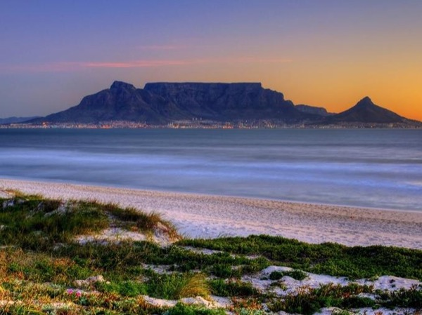 Table Mountain & City Orientation Tour (Including Robben Island or Kirstenbosch)
