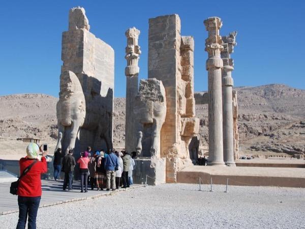 Private tour guide Reza
