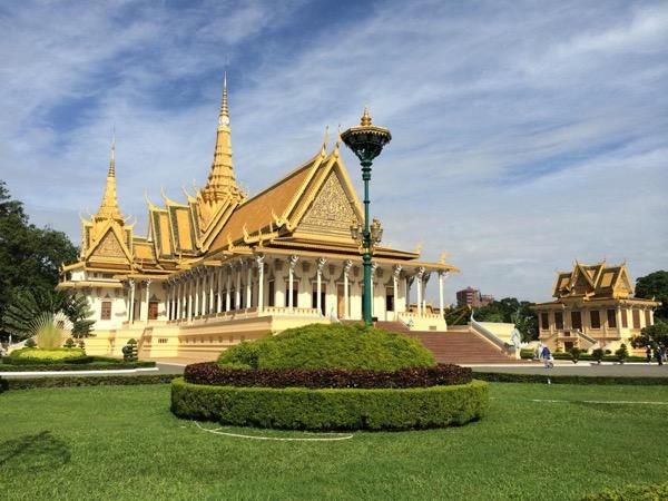 Phnom Penh 2 days Sight Seeing Tour