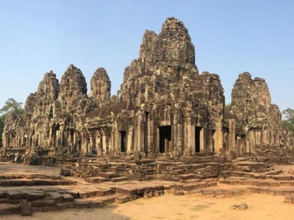 Phnom Penh - Battambang - Siem Reap 6 day tour