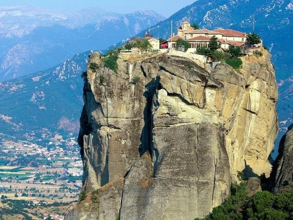 Five day private tour of Corinth,Olympia,Delphi and the Meteora monasteries