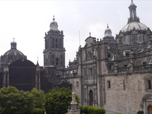 Historical Mexico City downtown tour and beyond