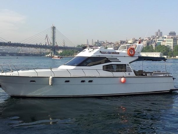 Private Bosphorus Cruise on private boat