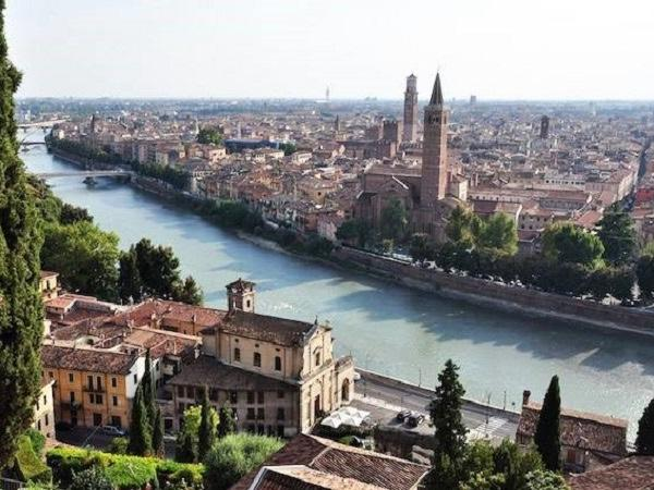 Tour of Verona