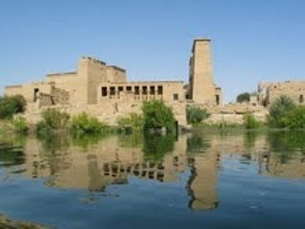 Full Day trip to aswan from luxor(edfu , komombo ,philae & high dam)