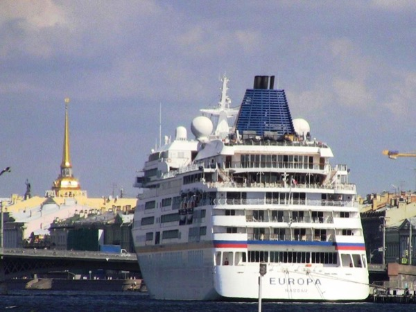 3-day VISA-FREE Private Shore Tour. St-Petersburg Highlights.
