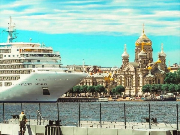 1-day VISA-FREE Private Shore Excursion. See St-Petersburg Like a Local.