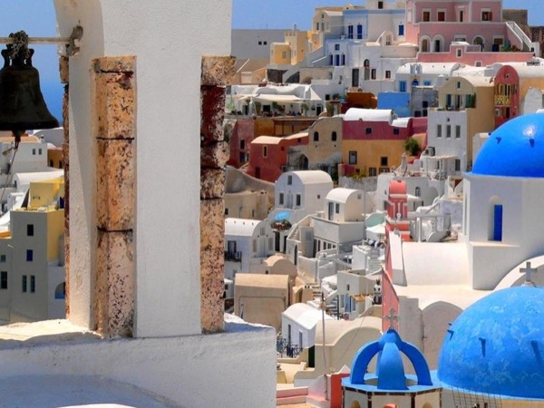 Impressive Santorini Private Tour up to 4persons