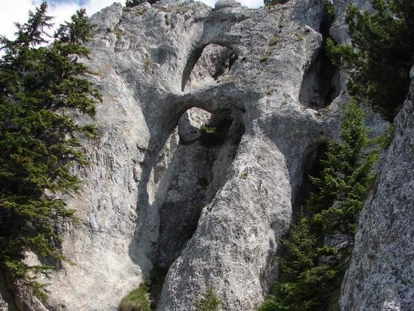 Piatra Craiului trekking tour