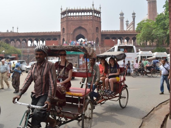 Old Delhi Private Rickshaw Tour (Tricycle Tour) with Old Delhi Resident and visit to Masterji Kee Haveli