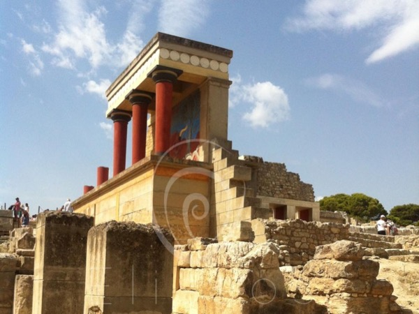 Knossos Palace and the town of Heraklion - Private Tour