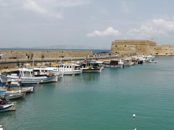 Heraklion Historic and Culinary Tour and Knossos Palace - Private Tour