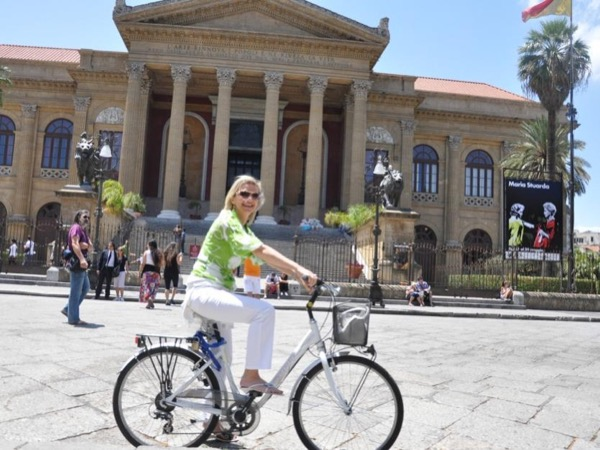 Unveil the Beauty of Palermo by Bike