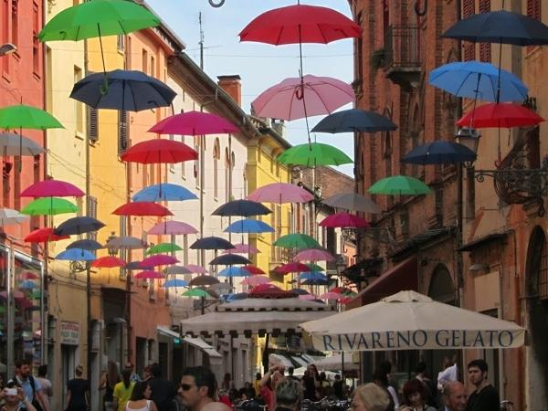 FERRARA: city centre guided tour (classic tour)