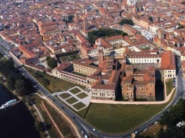 MANTUA: Palazzo Te, Ducal palace and City centre guided tour