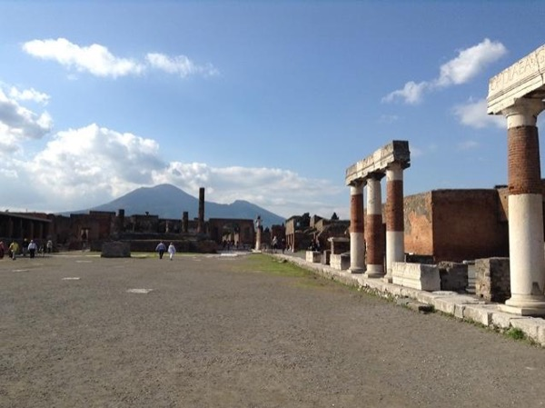 Pompeii for families