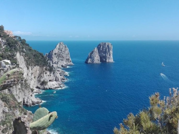 Capri by boat and air