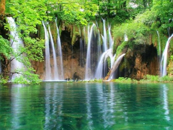 Plitvice lakes NP Private tour from Sibenik