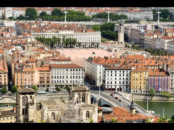 2 Hours in Lyon - Tailor Made Private Tour