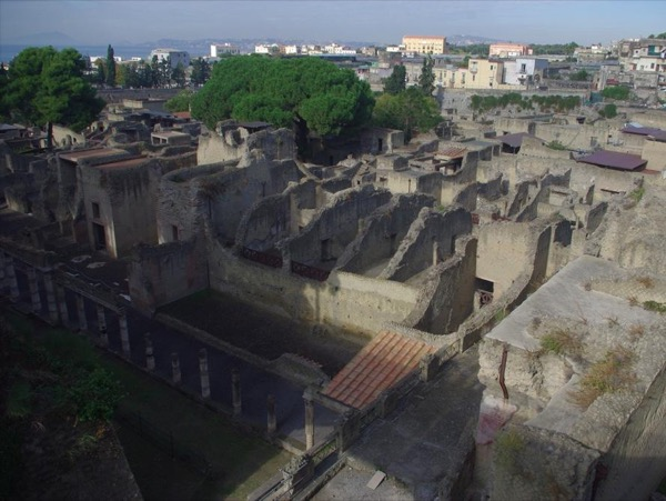 Herculaneum with an Archaeologist - private walking tour