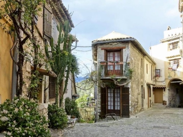 Medieval villages of the Riviera - Private tour
