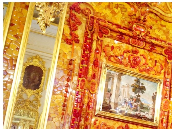 Private tour of the Catherine's palace and the Amber room