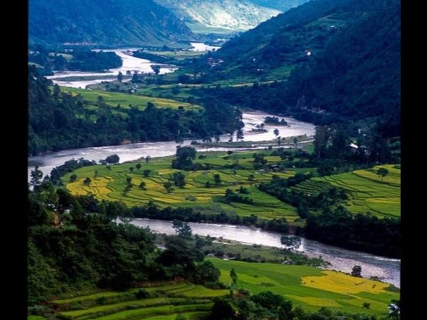 Experience Bhutan in a 10 day private tour!